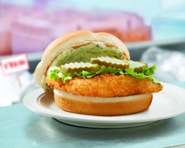 Fast food news wendy 39 s north pacific cod sandwich with a for Wendy s fish sandwich