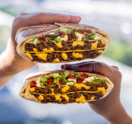 triple double crunchwrap calories