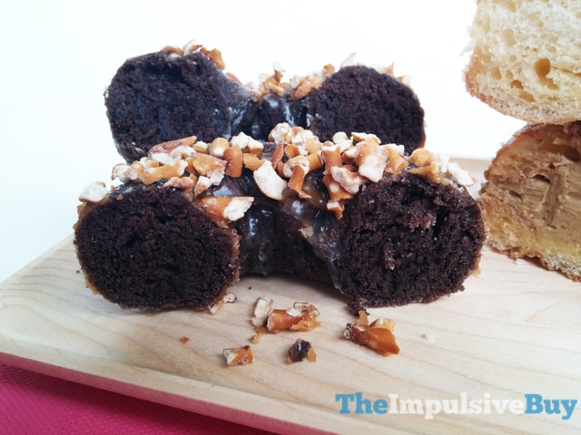 REVIEW: Dunkin' Donuts Peanut Butter Delight Croissant Donut and ...