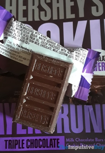 Review Hershey S Triple Chocolate Cookie Layer Crunch